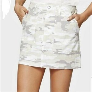 SANCTUARY CAMOUFLAGE DENIM MINI SKIRT SIZE 26 (2)